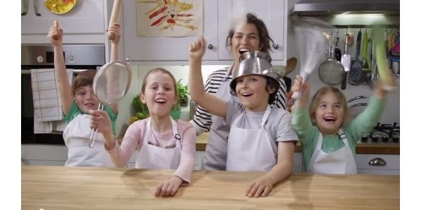(Now Closed) Win A Hudl2 Tablet & 2 Eat Happy Project Aprons With Tesco & PlayPennies