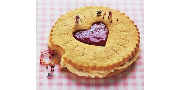 Make A Jumbo Jammie Dodger with Asda Recipes