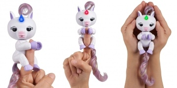 new-fingerlings-light-up-unicorn-mackenzie-the-entertainer-182485