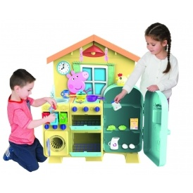 Peppa Pig Kitchen £50 @ Amazon