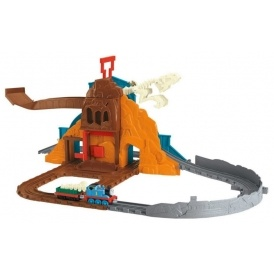 Thomas & Friends Roaring Dino Run £18.16