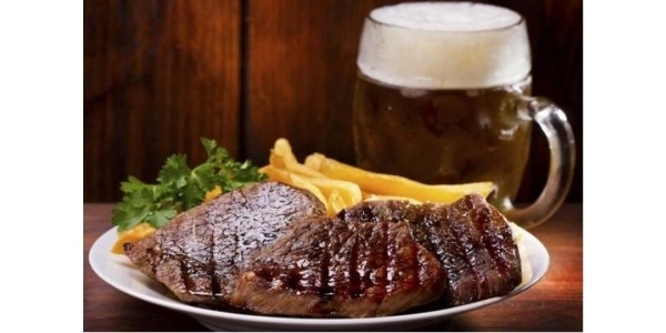 FREE Meals, Pints and more for Dads on Fathers' Day!