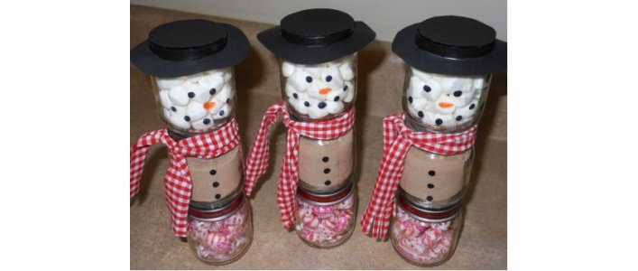 Make Baby Food Jar Snowmen Gifts