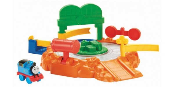 Fisher-Price Thomas & Friends Spinning Sodor Playset £8.97 (was £29.99) @ Amazon