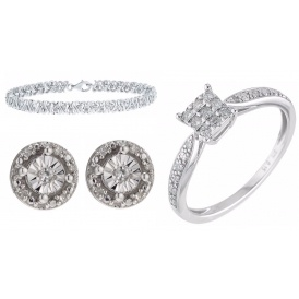 Up To 50% Off Valentines Diamonds @ H Samuel