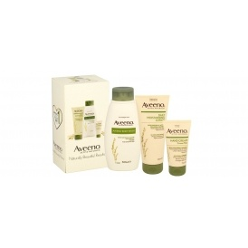 Aveeno Skin Care Gift Set £12