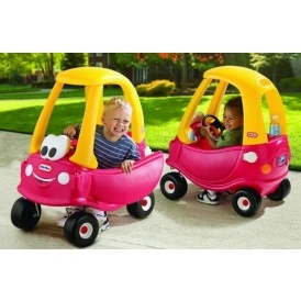 Little Tikes Cozy Coupe Ride-On £31.99