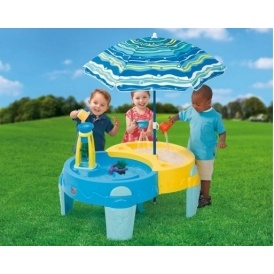 Step 2 Shady Oasis Sand/Water Table £49.99