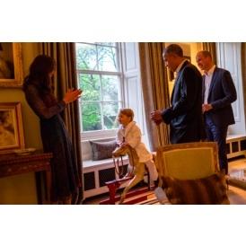 Prince George Meets Obama - In Pyjamas!