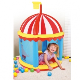 Inflatable Fort With Play Balls £28.50