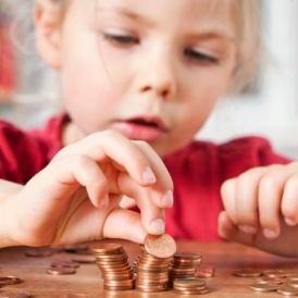 Does Playing With Money Make Kids Selfish?