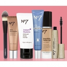 Offer Stack On No7 @ Boots