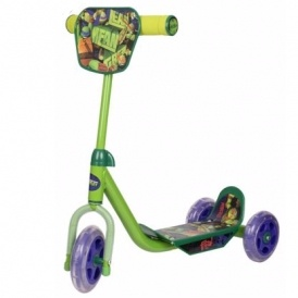 TMNT 3 Wheeled Scooter £12.99