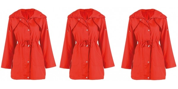 Strawberry Red Raincoat £2 Delivered (With Code) @ Daxon