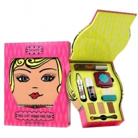 Benefit Makeup Kit £29.50
