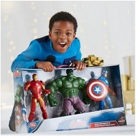 Avengers Deluxe Action Figure Gift Set £36