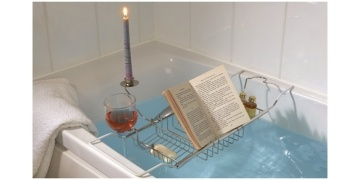 40-off-bath-caddy-with-wine-glass-holders-book-holder-candle-holder-gbp-1199-groupon-170273