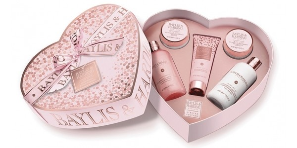 Up To A Third Off Baylis & Harding Prosecco Gift Sets @ Argos