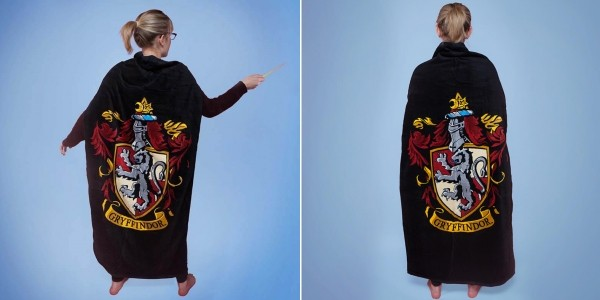 Harry Potter Cape Towel £12.99 @ Geek Core