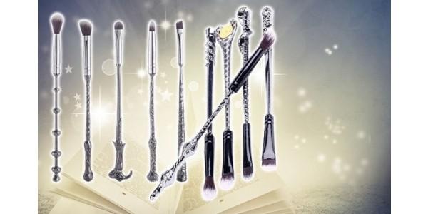 10 Piece Harry Potter Inspired Wand Make Up Brush Set £9.99 @ Wowcher