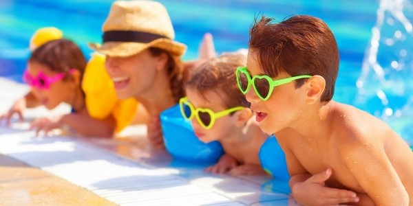 Parents Spend £468 on Summer Fun