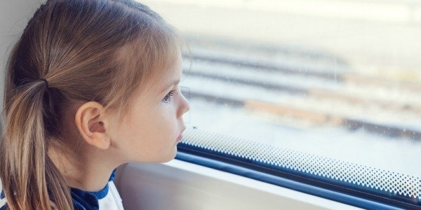 Should Kids Offer Seats To Adults?