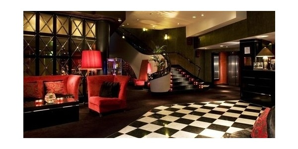 Last Of The Summer, Dine & Dream Overnight Stay, Dinner And Wine For 2 From £119 @ Malmaison