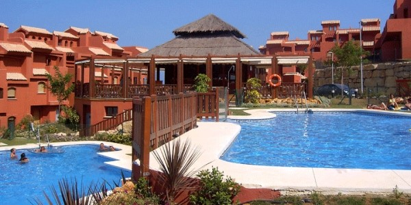 7 Nights For Family Of 4 To Albayt Resort & Spa, Costa Del Sol (Including Flights) £183.36 Per Person @ EasyJet Holidays