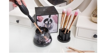 battery-operated-make-up-brush-cleaner-just-gbp-1699-was-gbp-3999-groupon-178451