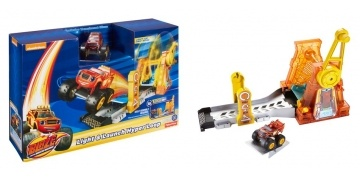 blaze-and-the-monster-machines-light-launch-hyper-loop-gbp-1199-was-gbp-2199-smyths-179126