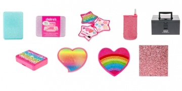 urgent-recall-on-selected-claires-cosmetics-sets-after-found-containing-asbestos-179510