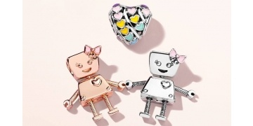 pandora-bella-bot-robot-charm-now-available-181057