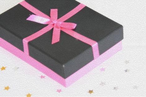 christmas-present-331289162416O5U