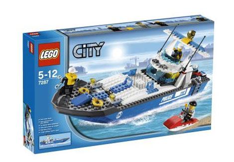legoCityPoliceBoat