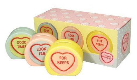 loveHeartsMoneyBox