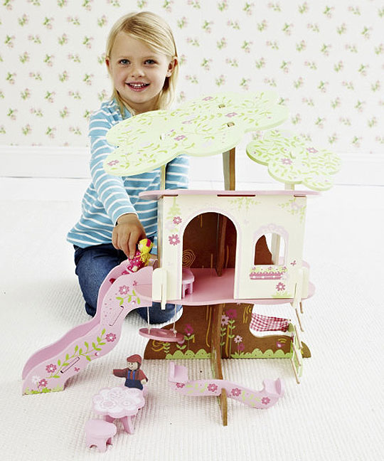Rosebud Village Tree House £20 @ Mothercare