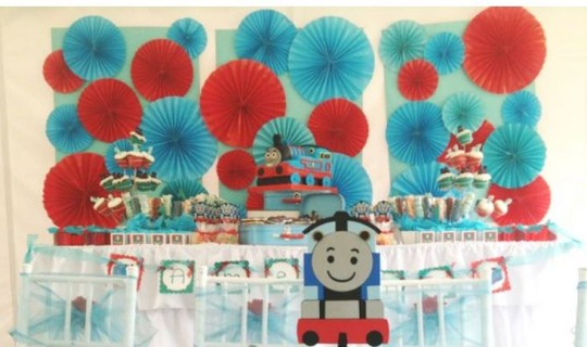 Thomas Party Decor