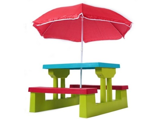 Folding table with Parasol