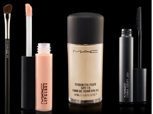 FREE Delivery & Deluxe MAC Sample With ANY Order (With Code) @ MAC