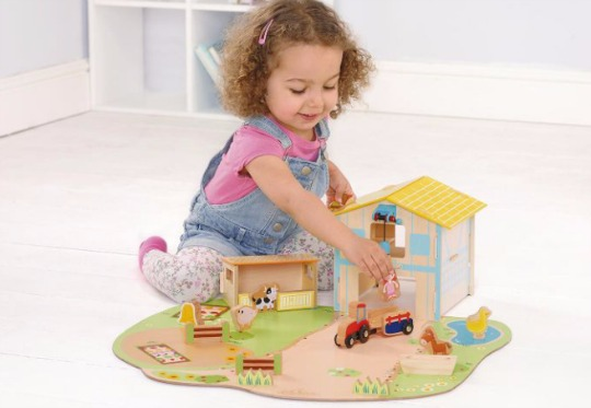 wooden farm set pm