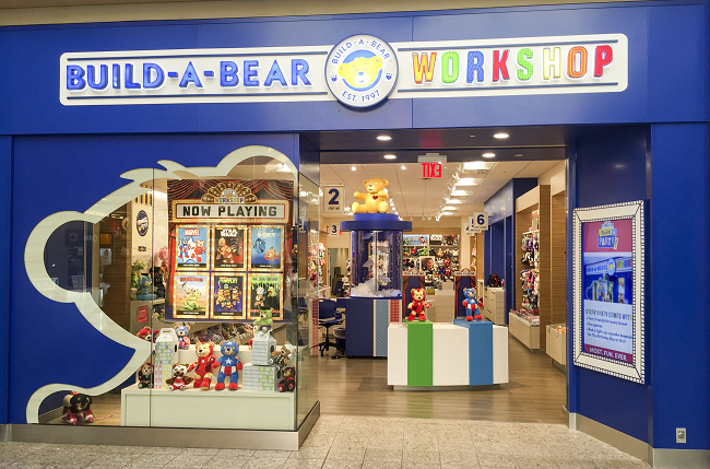 Build-a-bear store front with window display