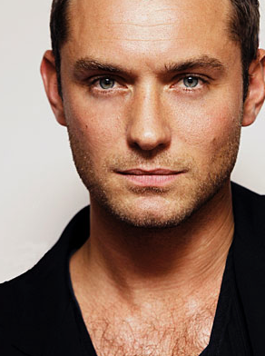 Jude Law's The Daddy... For The Fifth Time