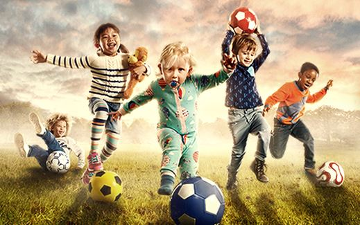 4000 Free Footballs, 12 Signed Football League Club Shirts & 12 Football League Club Balls Up For Grabs