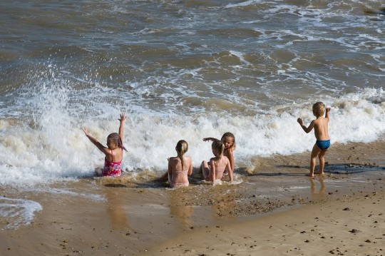 Drowning Prevention Charity Issues Water Safety Tips As Heatwave Hits Britain